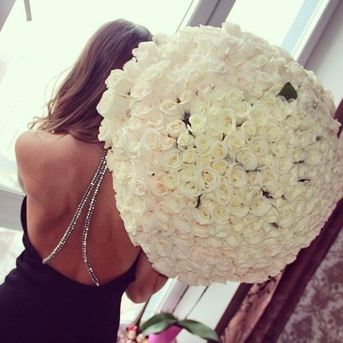 Large Bouquet Of White Roses Pictures, Photos, and Images ...