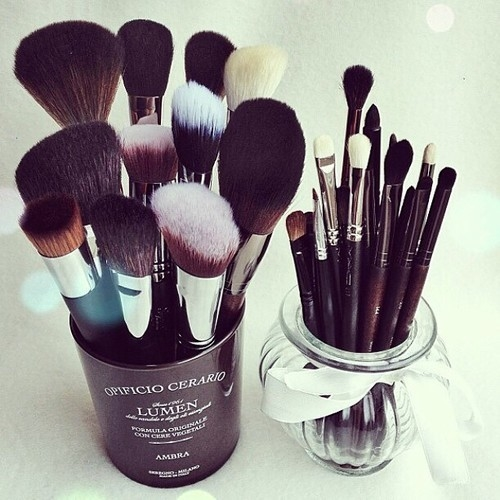 Makeup Brushes Tumblr makeup brush sets pictures, photos, and images ... Makeup Brushes Tumblr