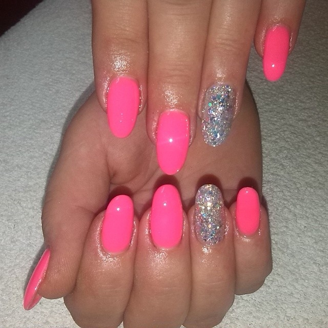 Neon Pink Nail Glitter Pictures, Photos, and Images for Facebook ...
