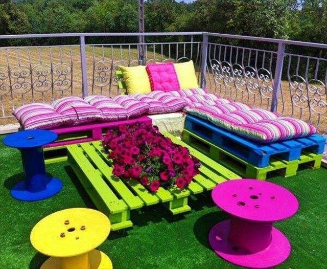 Outdoor Furniture Using Pallets Pictures Photos And