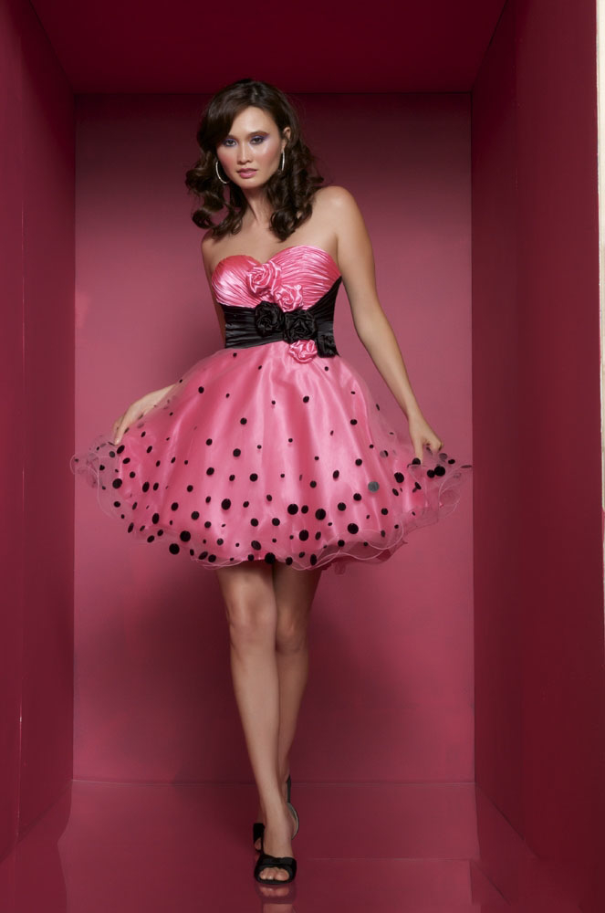 Strapless Pink & Black Polka Dot Dress Pictures, Photos