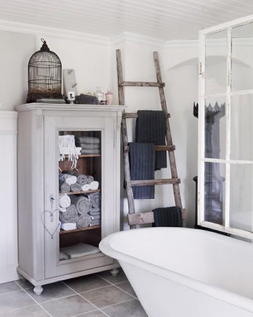 Rustin Ladder To Hang Bathroom Towels