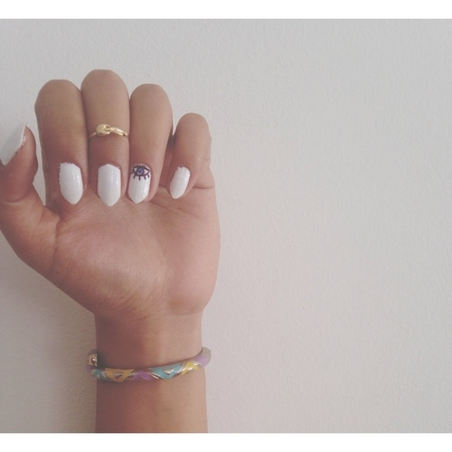 Vintage Nails: White Vintage Nails Pictures, Photos, And Images For