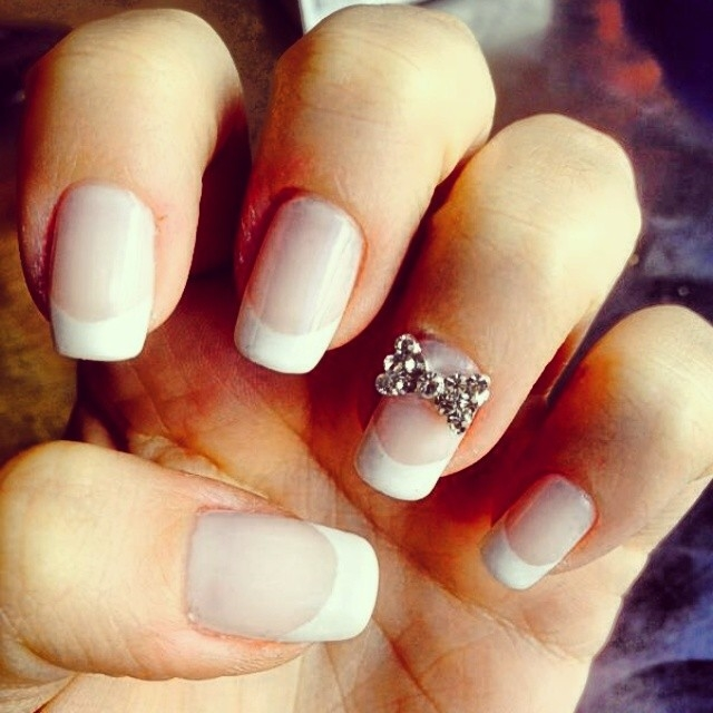 French Tip Nails With Bow