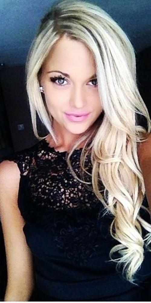Cute blonde pics