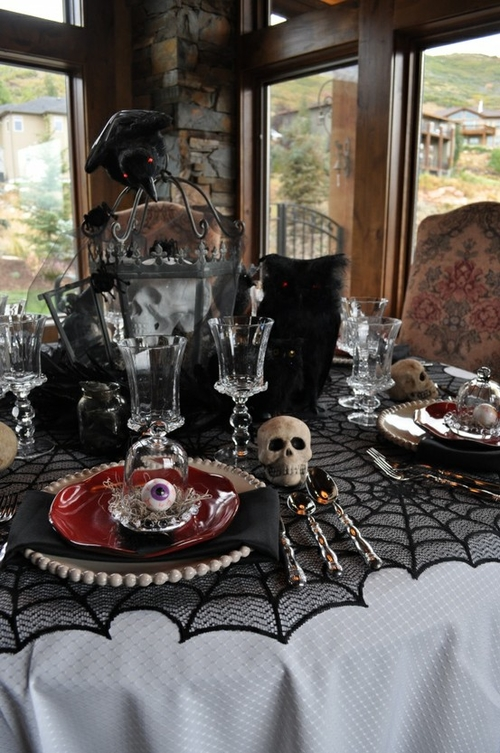 Cool and spooky halloween table decorations - Decoration de table halloween ...