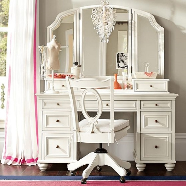10 Beautiful Makeup Vanity Ideas
