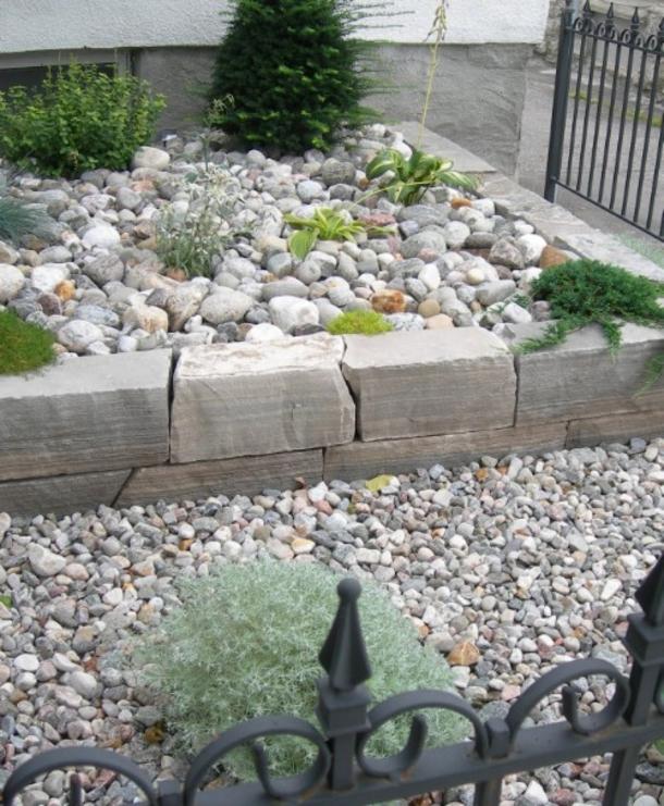 Backyard Flower Bed Ideas: 40 Beautiful DIY Flower Beds For Your Garden
