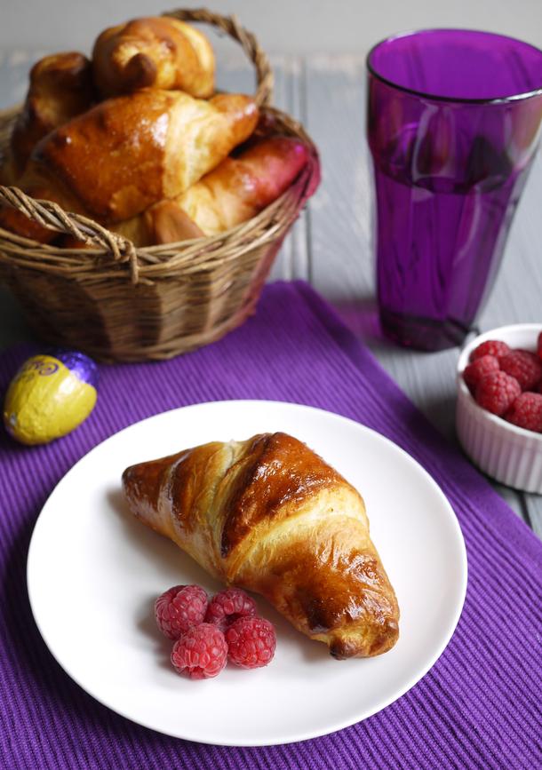 40 Sweet DIY Easter Desserts
