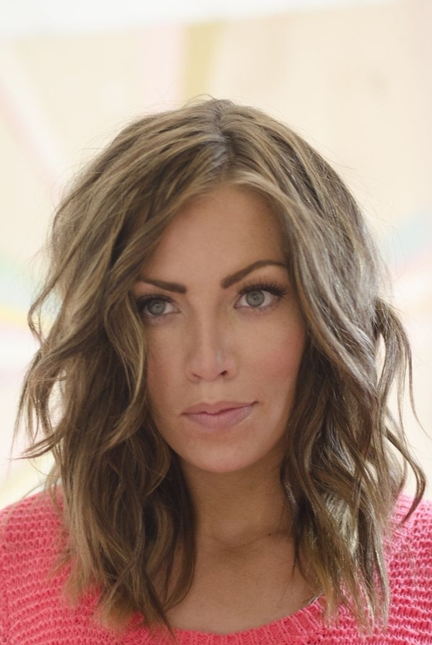 11 shoulder length hairstyles for women