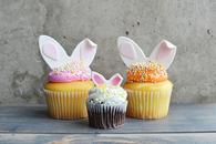 Fondant tooper bunny ears