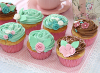 Pretty Pastel & Chocolate Cupcakes