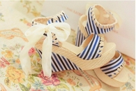 Pretty Striped Wedges with Bows