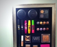 Magnet Board for storing makeup