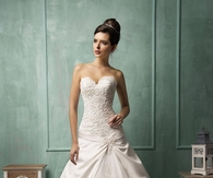 Junoesque Sweetheart Strapless Lace A-line Lace-up Back Bridal Gown