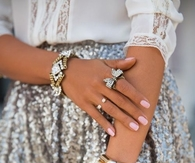 Pretty Nails & Jewelry