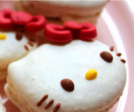 Hello Kitty Macaroon