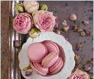 Macaroons & Pink Roses