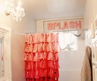 Cute Decorating for Small Bathroom