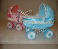 DIY Paper Stroller for Baby Showers