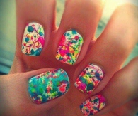 Paint messy nails