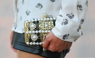 How to Embellish a Clutch