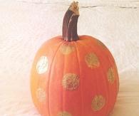 Glitter pumpkin accents