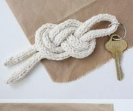 DIY  Key Holder Knot