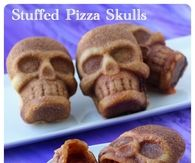 DIY Pizza Skulls