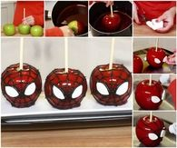 DIY Spiderman Caramel Apples
