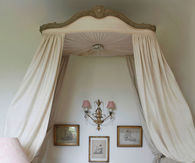 Shabby Chic Daybed with Canopy
