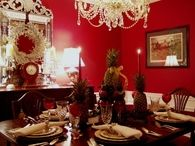 Colonial Williamsburg Christmas Table Setting