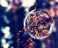 Sparkling ornament Ball