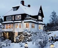 Snowy Mansion