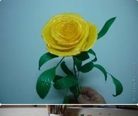 How to make a yellow paper rose