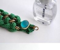 How to make a braided bracelet