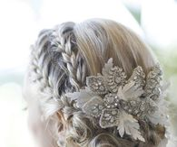 Wedding Hairstyle: Choosing Right Decoration