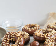 How to make chocolate peanut doughnuts