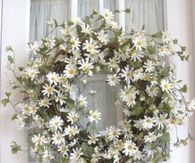 Pretty Daisy Wreath for Front Door