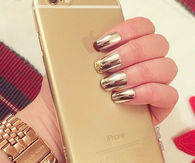 Perfect gold nails and iPhone 6 Plus Gold