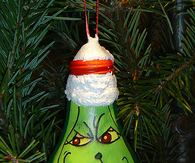 DIY Grinch Light Bulbs