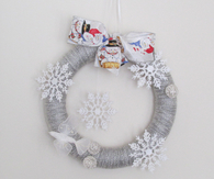 Winter Season Wreath Snowflakes by:-KnitWhats