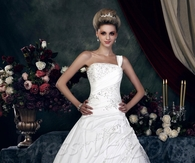 Gorgeous A-Line/Princess One-Shoulder Sweetheart Chapel Appliques Dasha's Wedding Dress