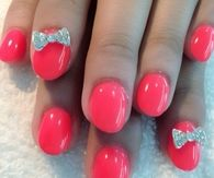 Cutesy pink bow nails