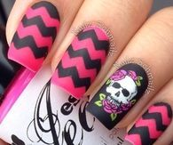 Pink and black zig zag nails