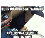 Keeping pizza warm