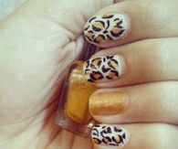 Leopard gold nails