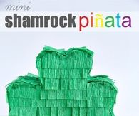 Mini shamrock pinata