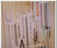 Jewelry storage door organization