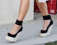 Black Wedges